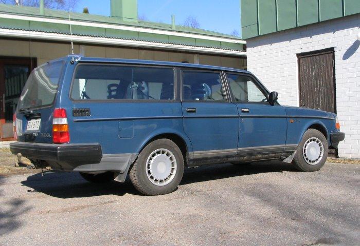 Autot Volvo 240 Stw 1989